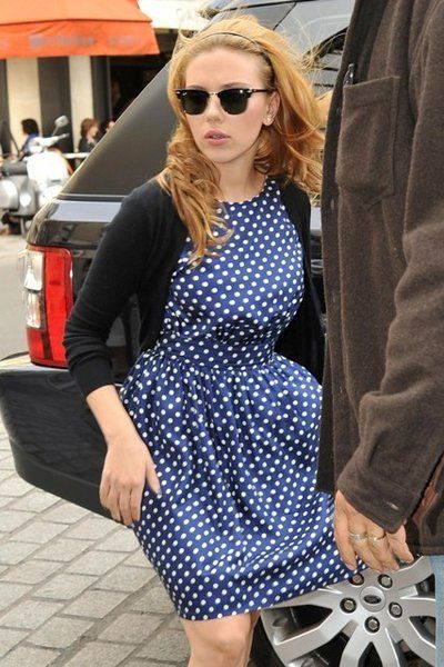d734f8ccd85 Scarlett Johansson and Ray-Ban 3016 Clubmaster Sunglasses Photograph ...