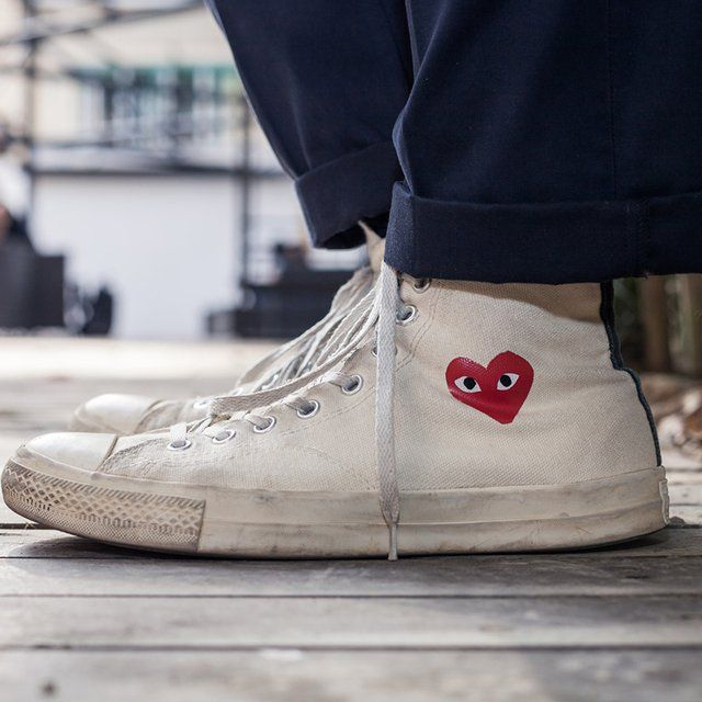 Play Comme Des Garcons X Converse High Top Sneakers High Top Sneakers Sport Shoes Fashion How To Wear Chokers
