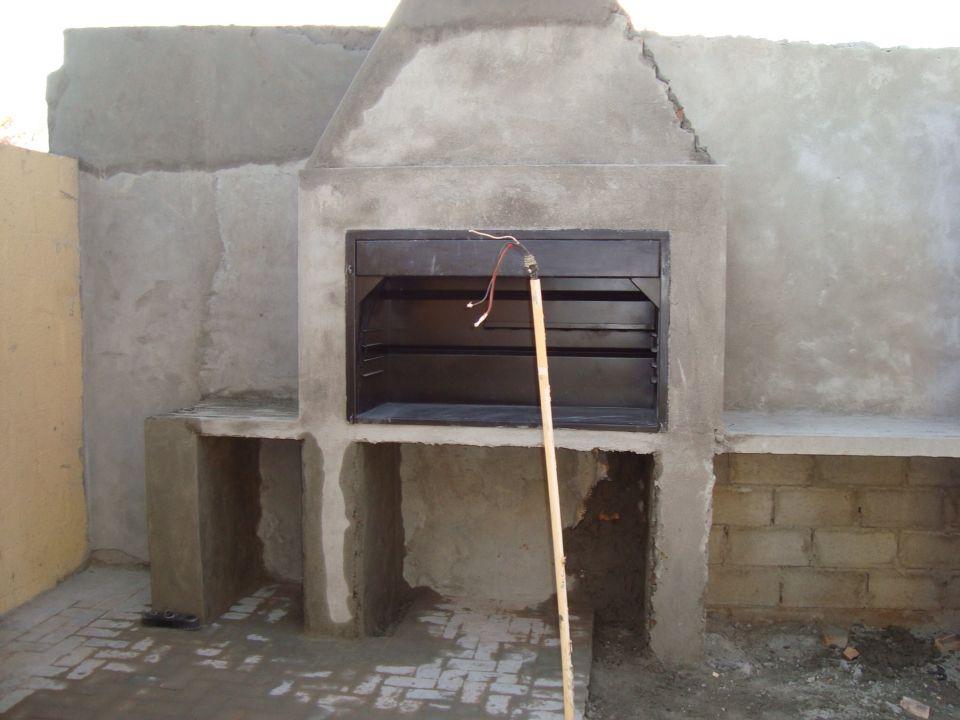 Built in braai plastered outdoor pinterest patios for Builders in my area