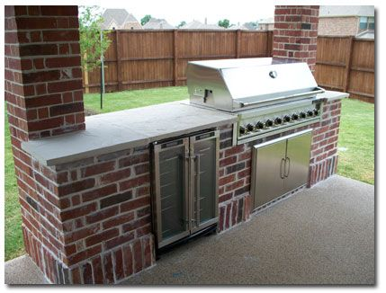 Outdoor Grill Matching Our Brick Make A Ledge For Bar In The Back And Omit The Fridge Outdoor Kitchen Design Outdoor Kitchen Design Modern Patio Grill