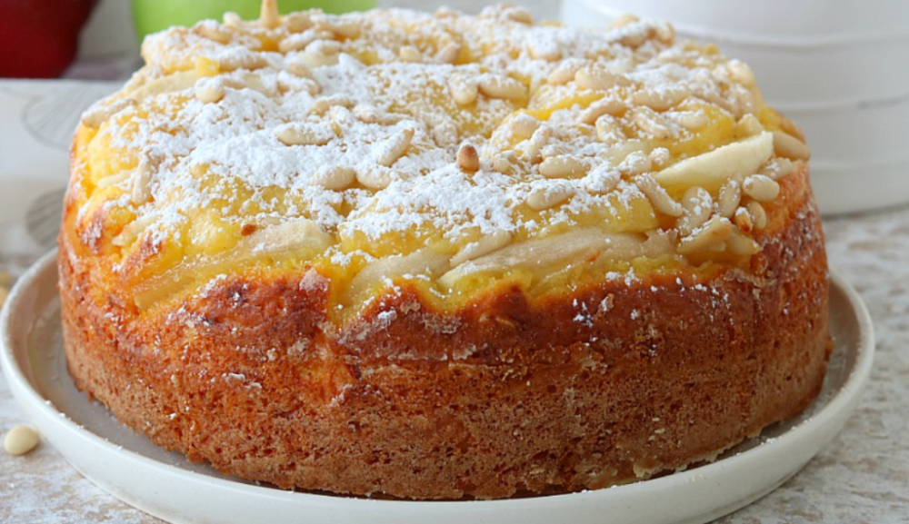 Torta De Mazana De La Abuela Con Crema Pastelera Raza Italiana Tortas De Manzanas Crema Pastelera Tortas