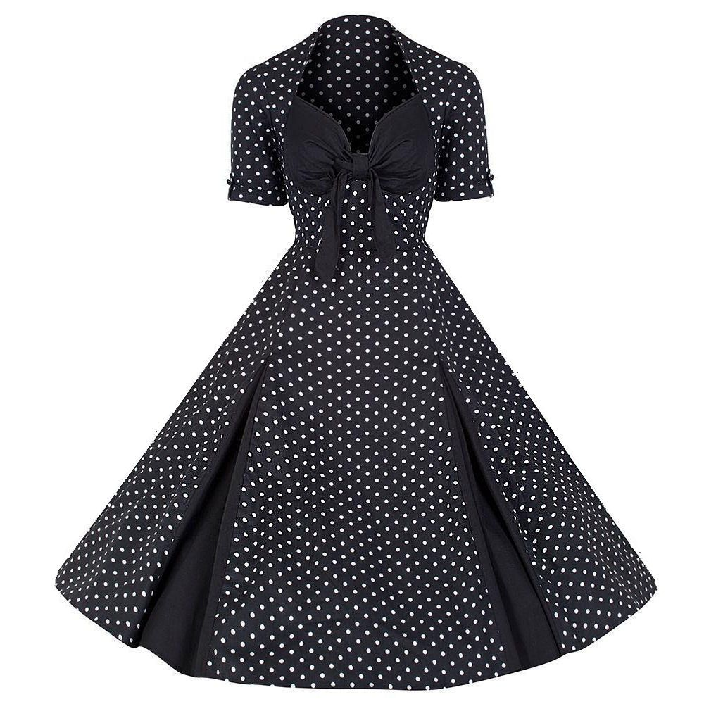 This vintage inspired dress is a must have for any lover of the us