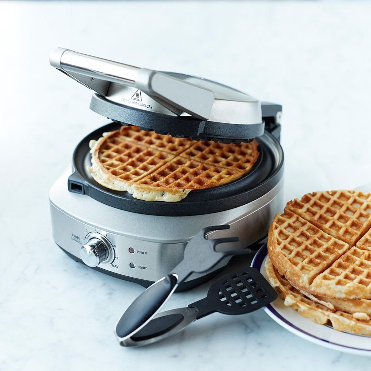 Breville NoMess Classic Round Waffle Maker Wedding