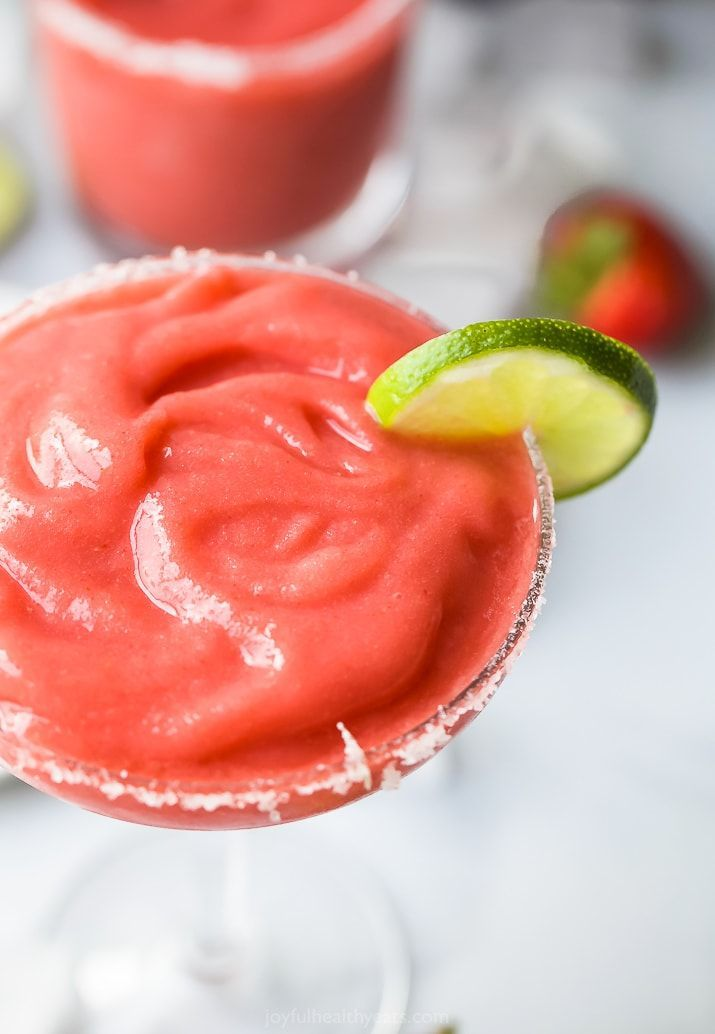 The Ultimate Blender Frozen Strawberry Margarita #frozenmargaritarecipes