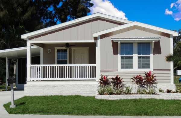 2016 Palm Harbor Mobile Manufactured Home In Lakeland Fl Via Mhvillage Com Mobile Homes For Sale Mobile Home Renovations Mobile Home Addition