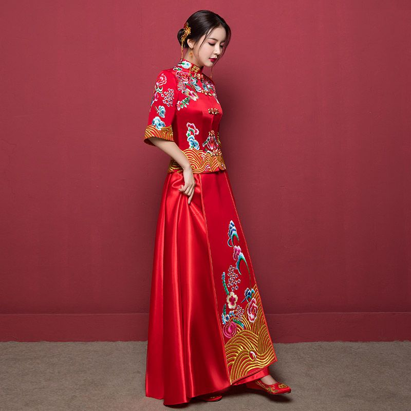 Chinese Traditional Style Wedding Dress 03 | Cultural elements ...
