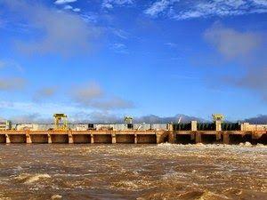 Justiça Federal suspende leilão de energia da Usina Santo Antônio