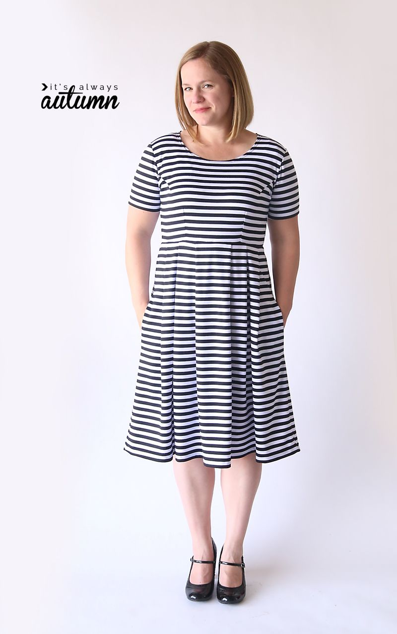This is cute! The post shows you how to sew the perfect knit fit & flare dress using a tee shirt to make your own pattern in any size. Easy sewing tutorial.