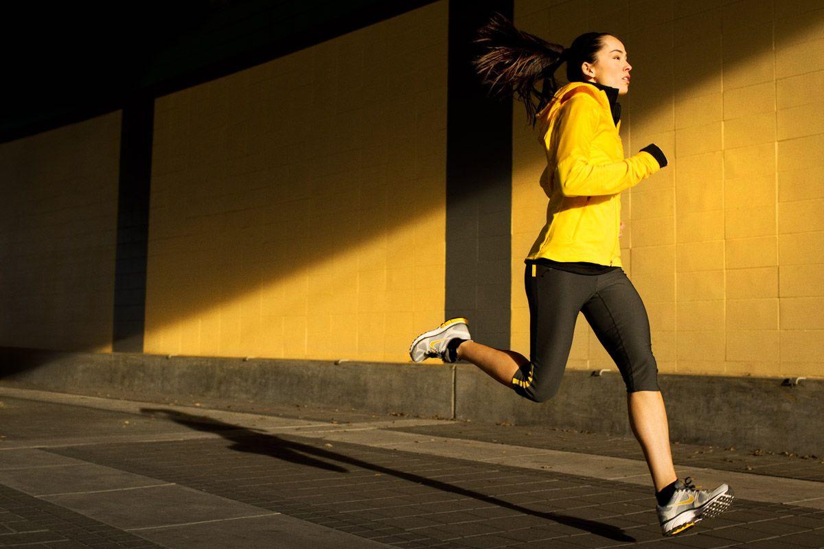 Resultado de imagen para woman running photography