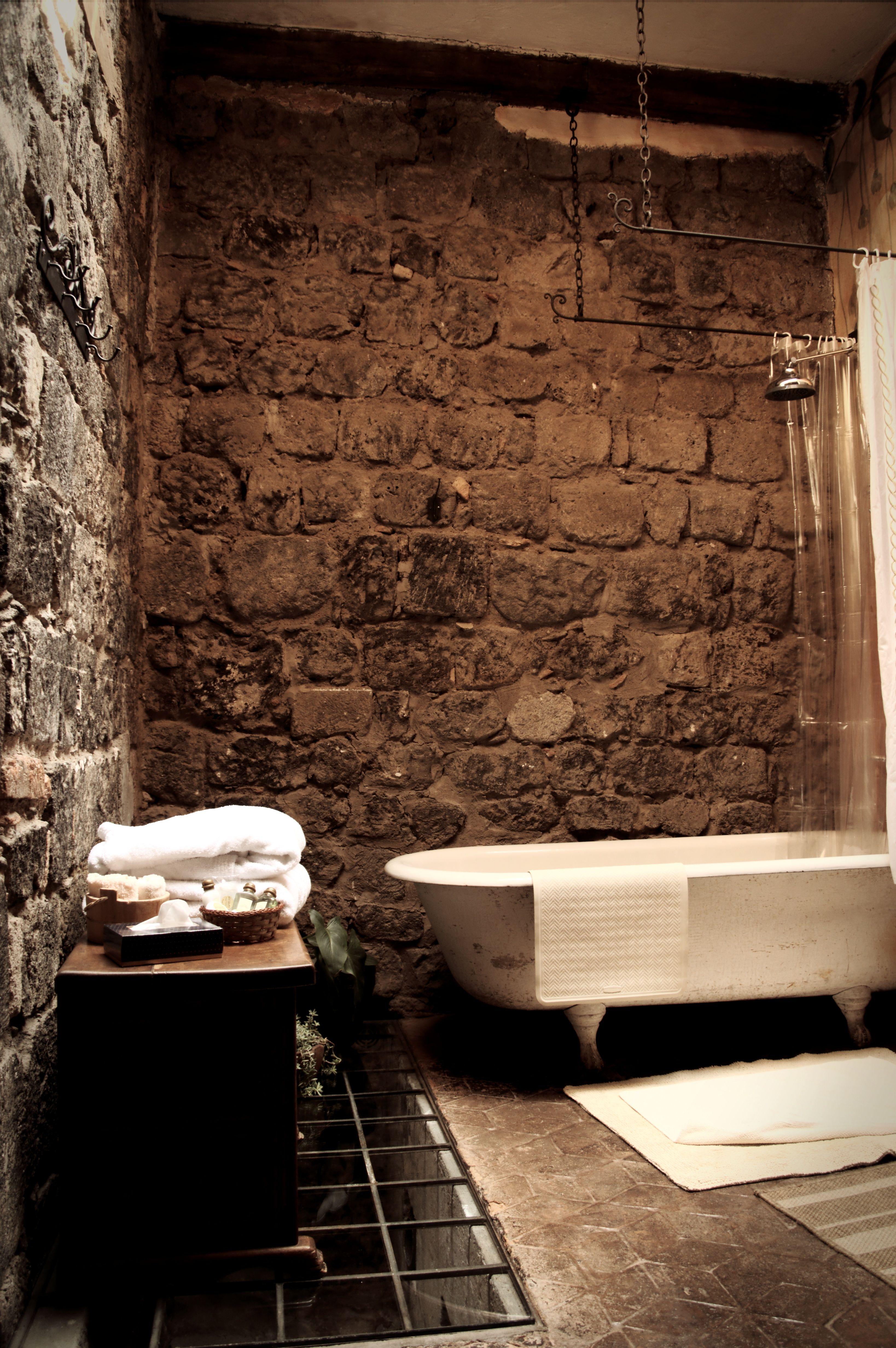 Rock Wall Bathroom In Ecuador