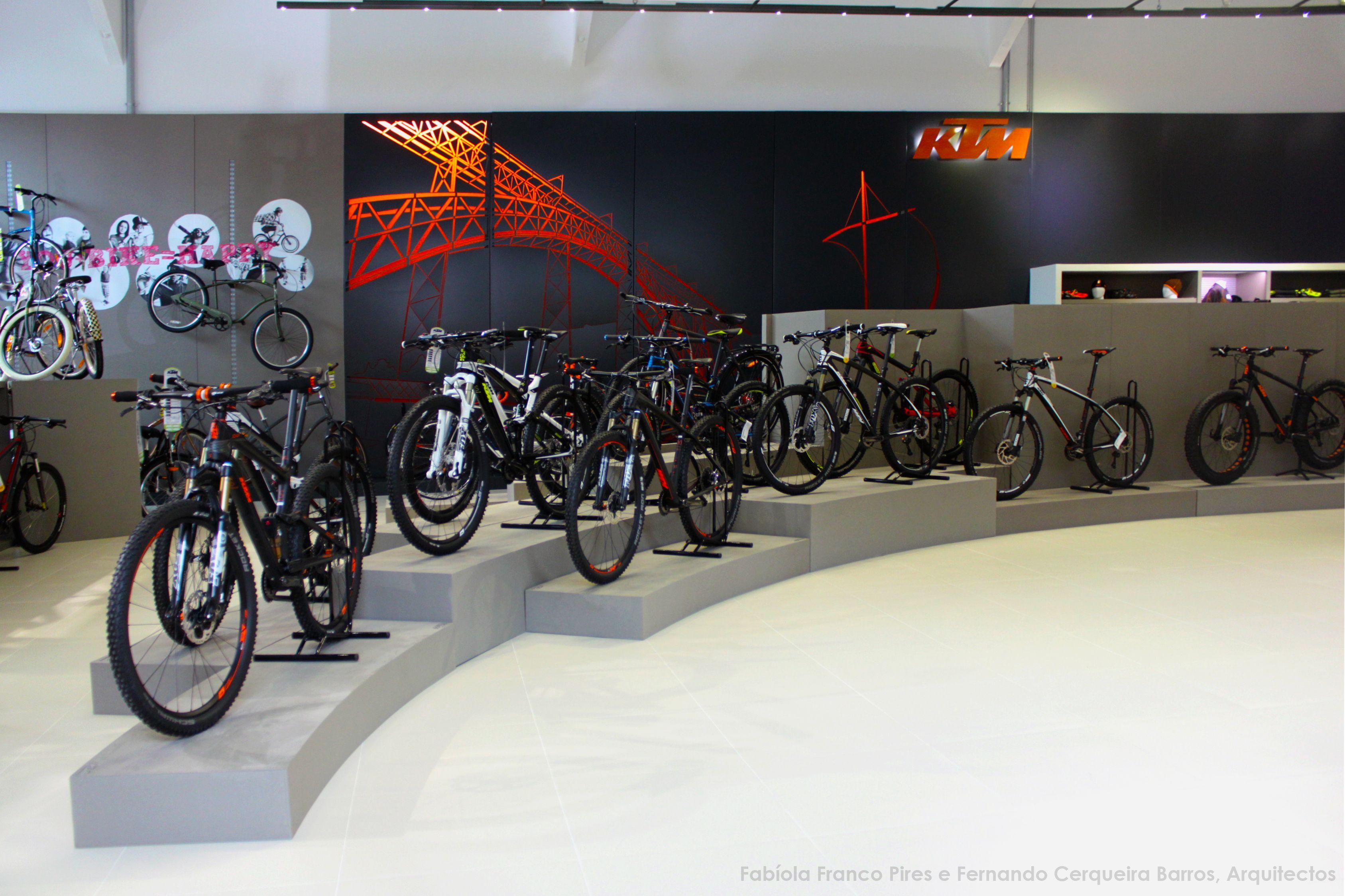 Loja Ktm Bicicletas Coelho Porto Em Colaboracao Com Fernando