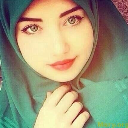 بنات في اذربيجان