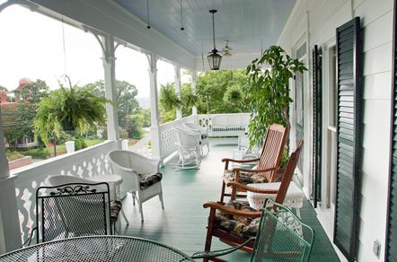 Lattice Inn Bed & Breakfast-Nestled in Montgomery\'s historic Garden ...