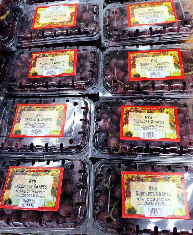 #InstagramELE #NocheVieja  Este año las uvas son de Perú. Conectaremos a las 6 de la tarde con RTVE (y no con Canal Sur jaja) para ver el reloj de la Puerta del Sol y poder tomar las 12 uvas a la vez que nuestras familias y amigos de España. #12Uvas #feliz2016