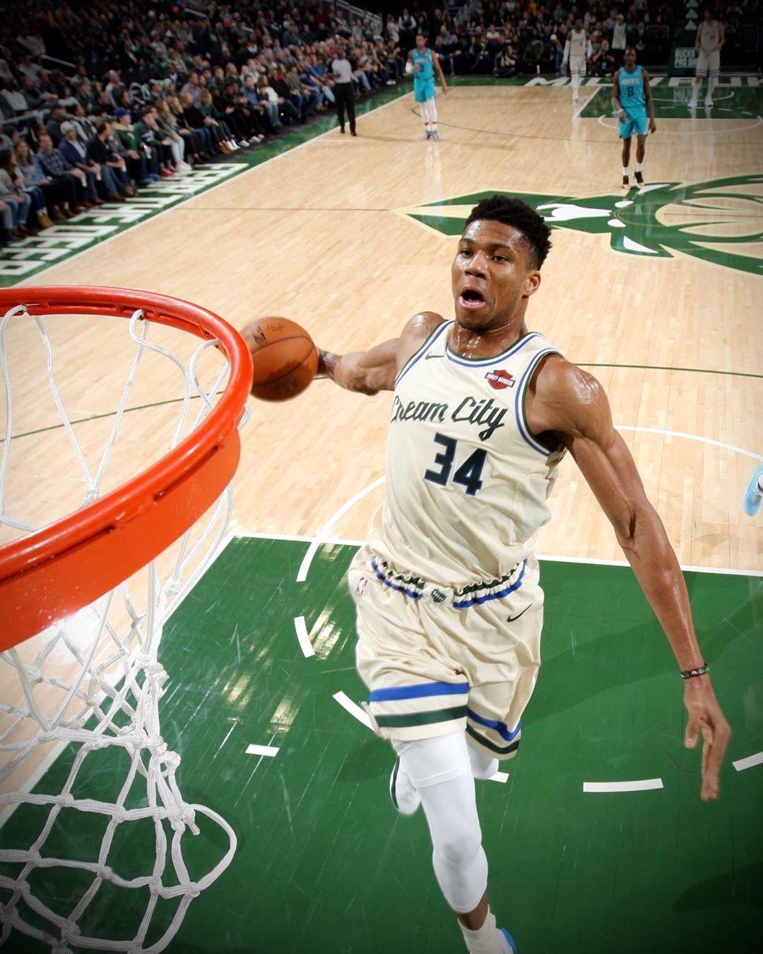 Nba Tap To Shop Basketball Big4 Bigfour Big4 Bigfour Big4 Bigfour Nationalbas Nba Pictures Nba Basketball Art Basketball Players Nba
