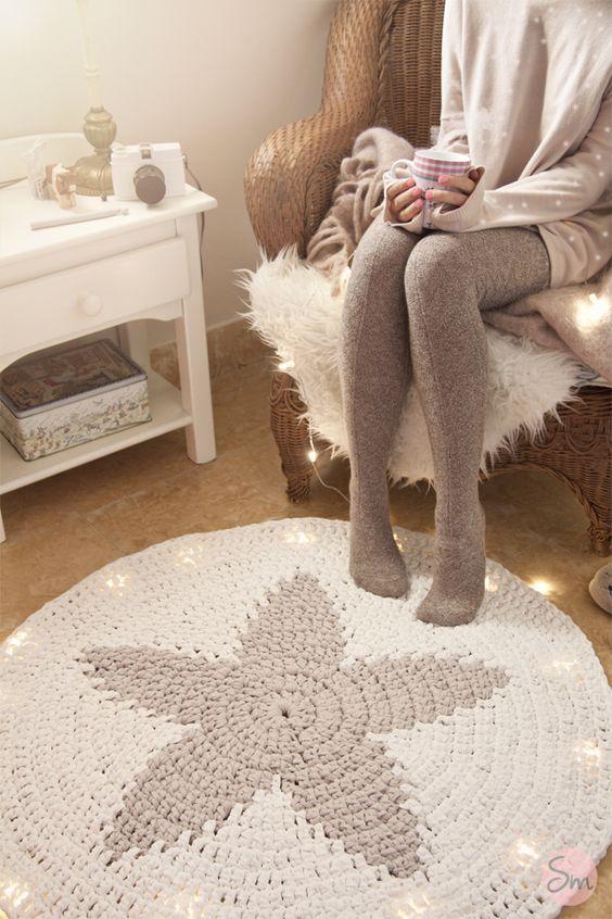 Free Charted Pattern For Star Rug Crochet Pinterest Star Rug