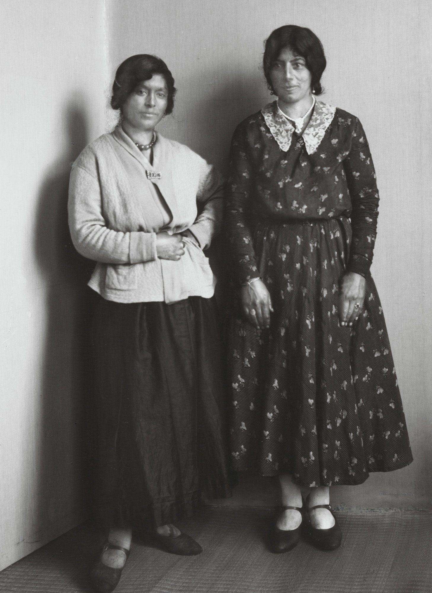 August Sander. Gypsy Women. c. 1930
