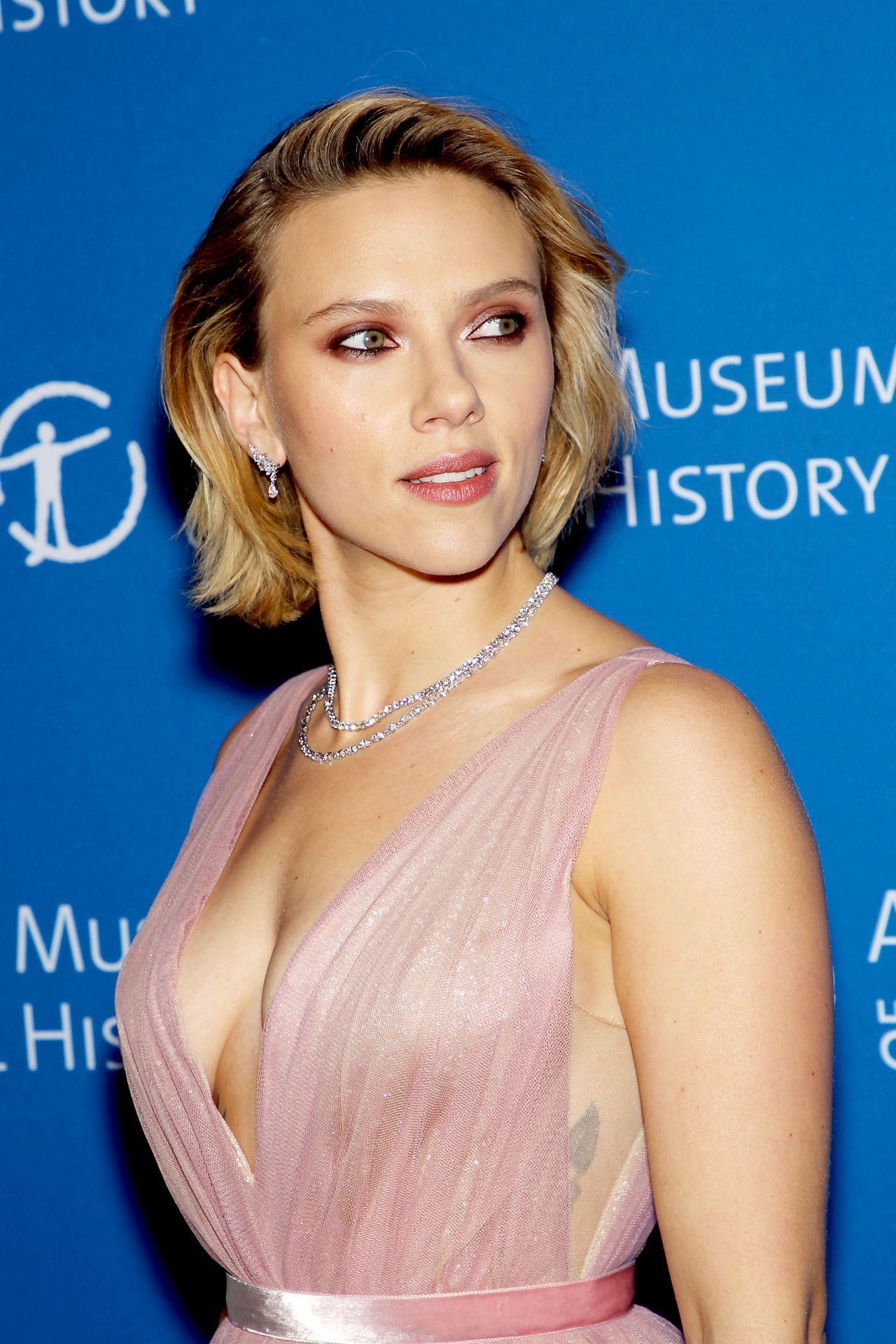 Scarlett Johansson Sexy Girls