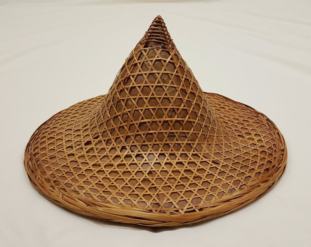 194edd47b Vintage Asian Bamboo Straw Sun Farming Gardening Conical Coolie Hat ...