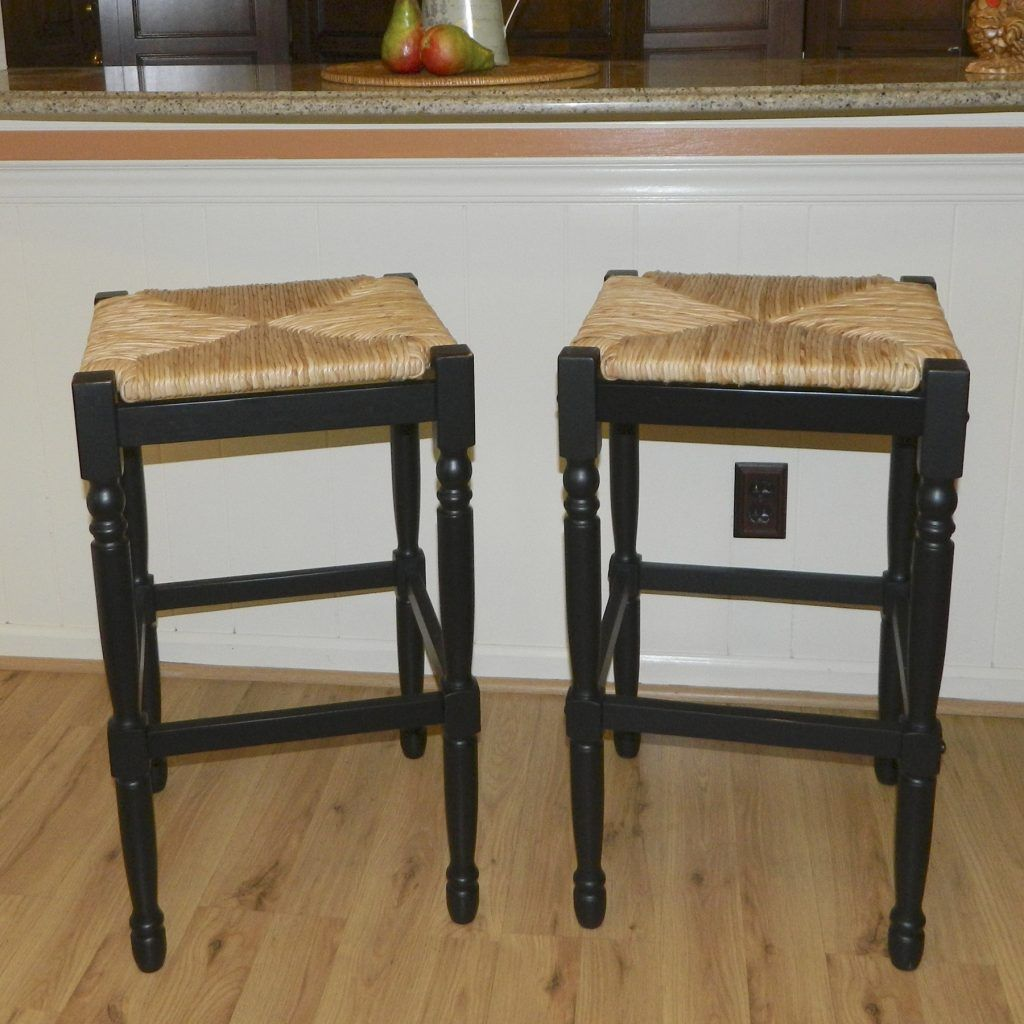 Furniture Black Painted Wooden Bar Stool Frame With Square