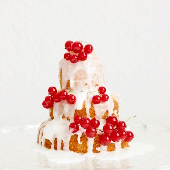 Mini lemon drizzle layer cake Yumgoggle Community Gallery