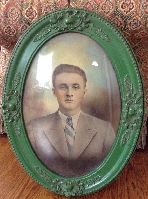 Antique Oval Picture Frame With Bubble Glass And Portrait Decor