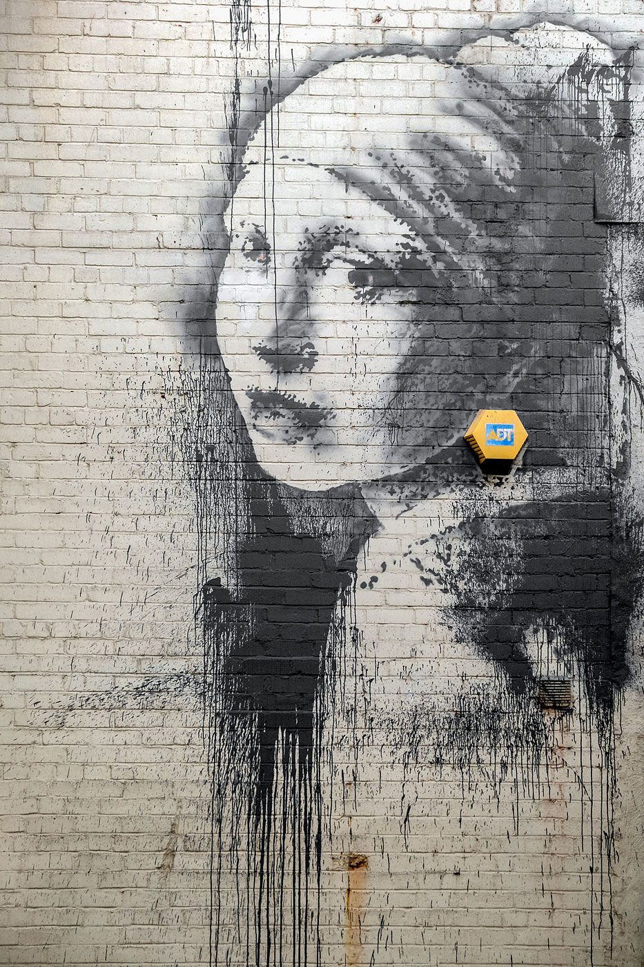 Banksy Parodies Girl With a Pearl Earring in New Painting | Banksy ...