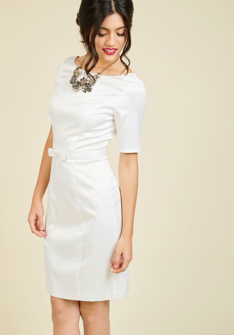 p You ve been longing for a look as lavish as this white sheath ... ca34d00c55