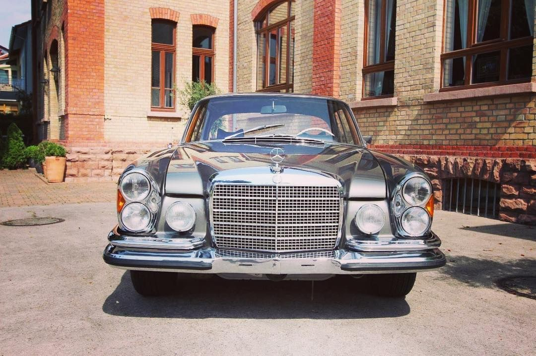 Mercedes-Benz 280 SE 35 (1970) #forsale #mb #mbclassic #mercedesbenz #mercedesbenzclassic #mercedesbenz280se #classic #classictrader #classic_trader #drivenbydesire #cool #instacar #classicoftheday