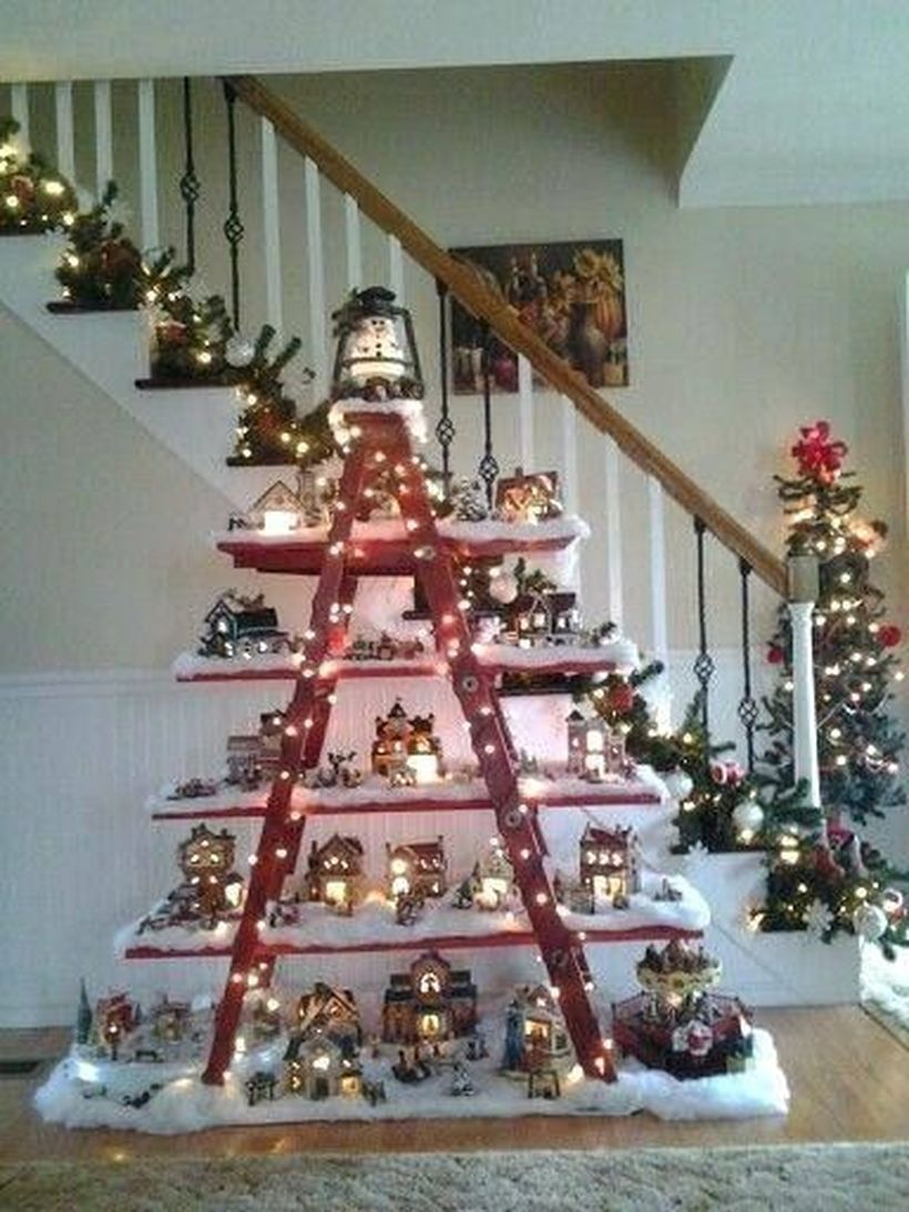 54 Easy Inexpensive Indoor Decorating Ideas For Christmas Decorating With Christmas Lights Diy Christmas Lights Christmas Decor Diy