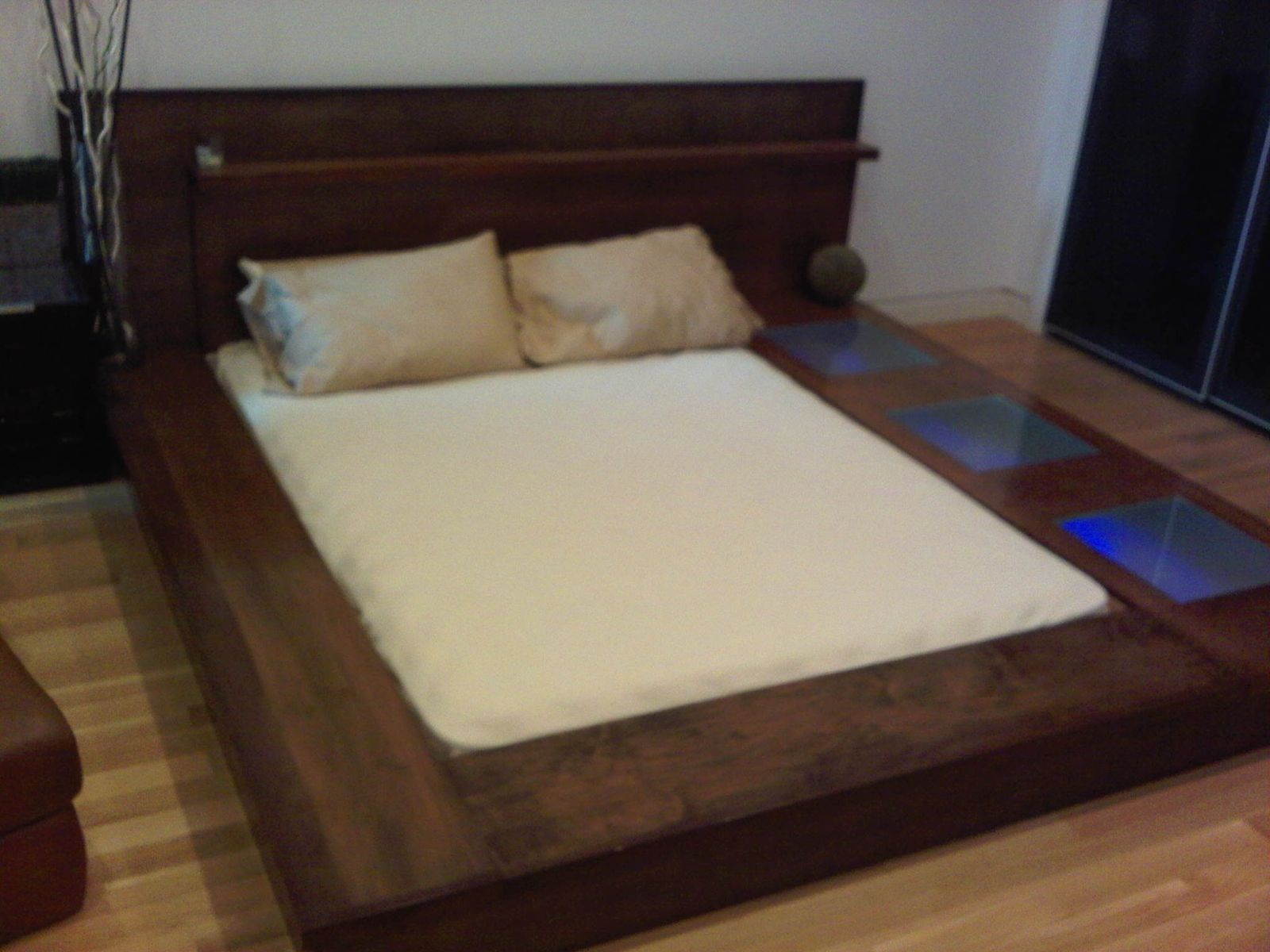 custom made platform bed - Wood Bed Frames Queen