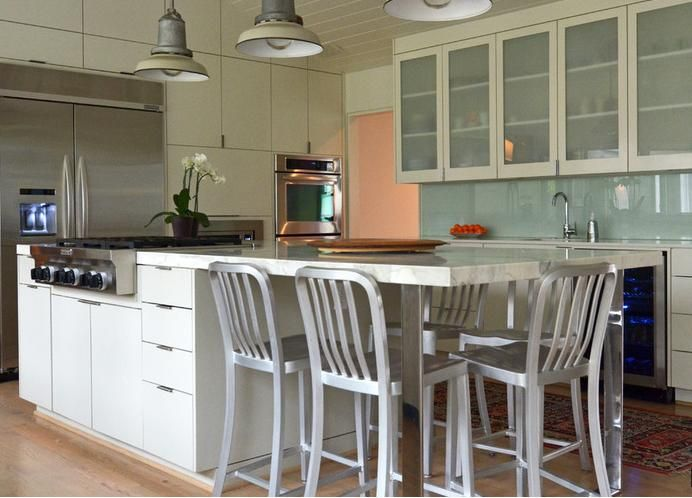 Kitchen Table Vs Bar With Stools Attached To Island For