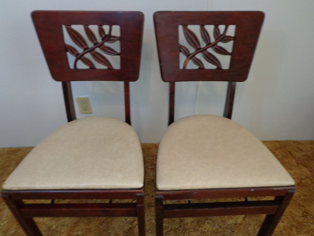 Rare Vintage 1940 S Pair Of Stakmore Folding Chairs Carved