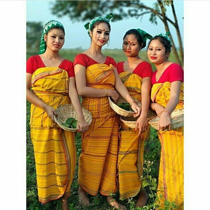 YESENIA: Without cloth assamese girls photo