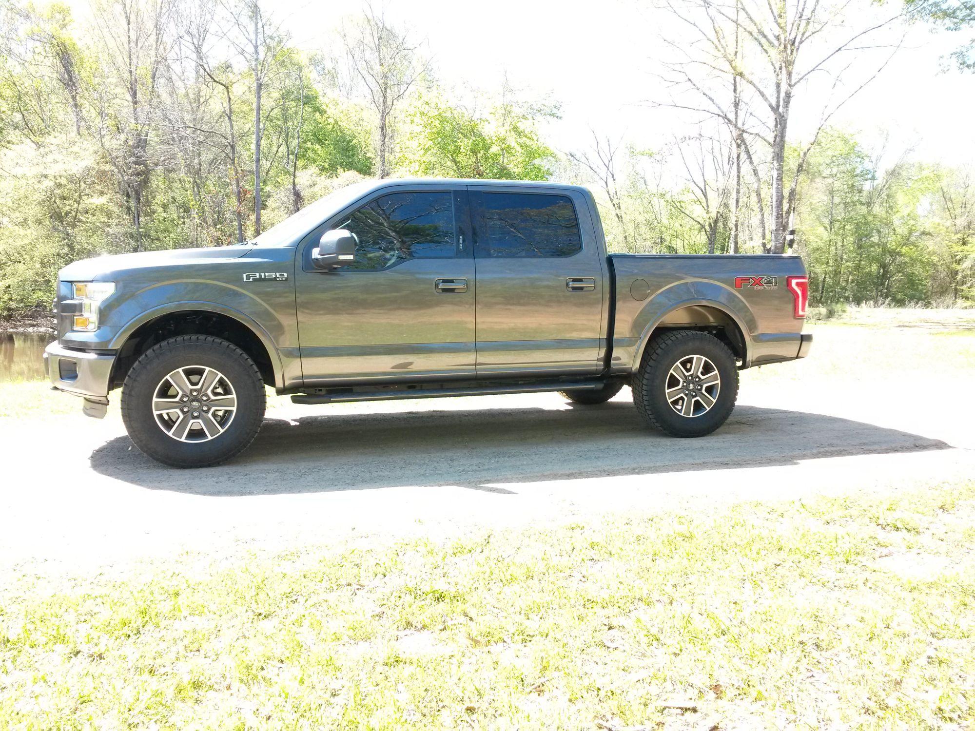 Leveling kit with add a leaf in rear nitto terra grapler g2 295