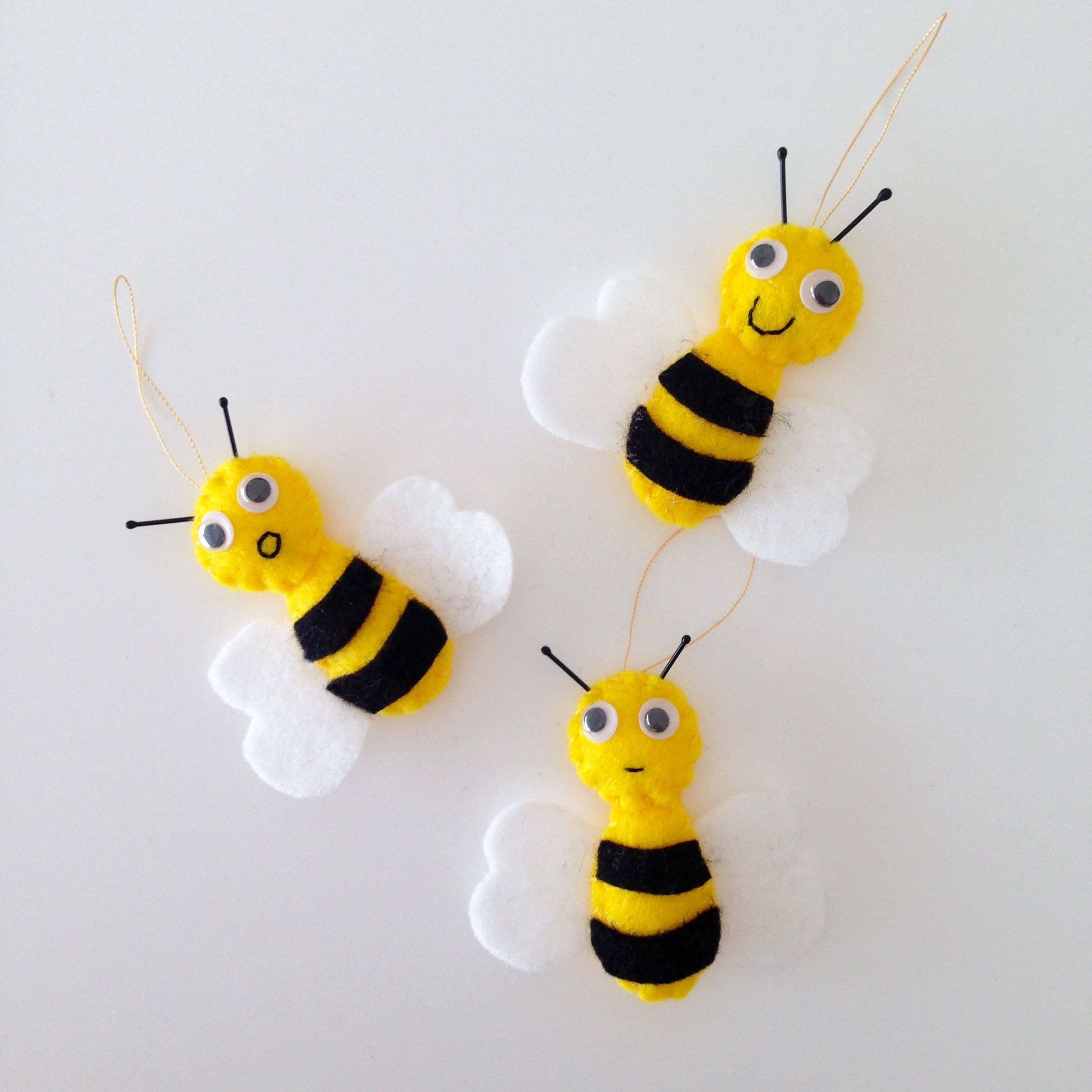 Bees Ornament Home Decor Spring Easter Honey Bee