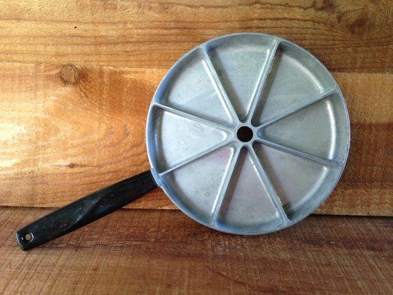 Vintage Cornbread Pan Jon E Bake Stove Top Johnnycake