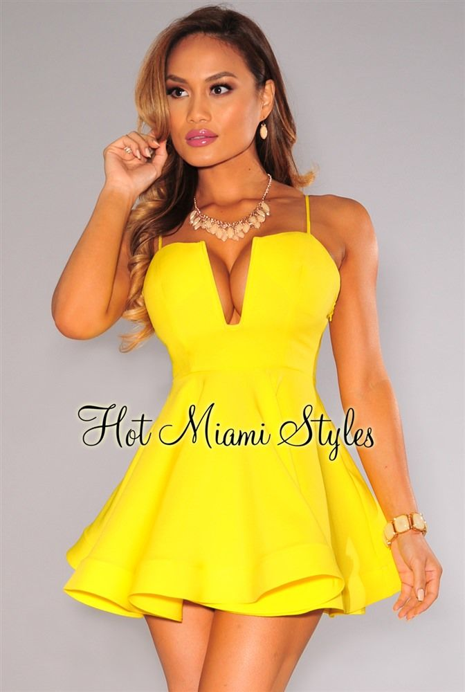 Yellow Plunging Flared Padded Dress Vestido Amarillo