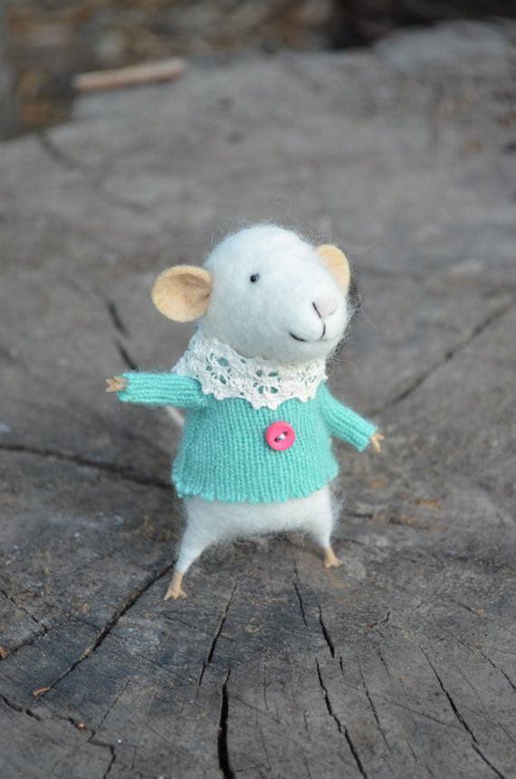 Little Coquet Mouse with Lace Collar in Turquoise by feltingdreams, $68.00