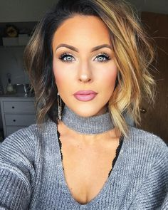 "Nicole Huntsman on Instagram: ""A cool toned glitzy eye and a pretty pink pout! I might just have to recreate this look for Christmas! ��� ••• Hair: @hair_by_jes_…"""