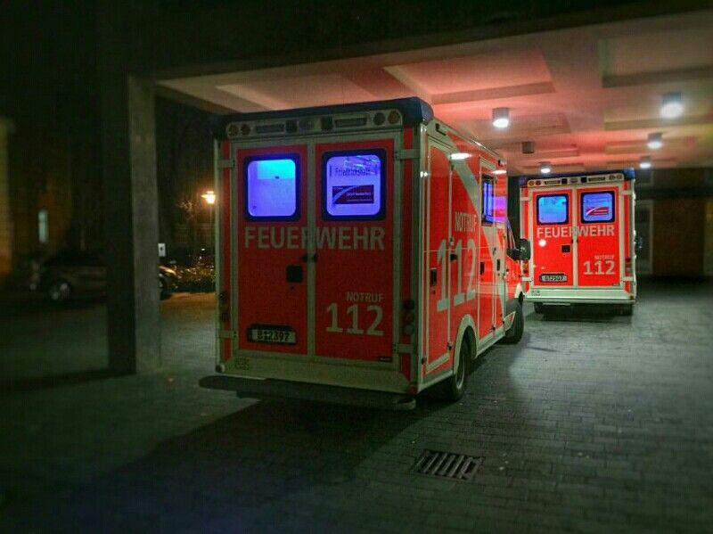 http://ambulanciasyemergencias.com/dias_noches/buenasnochesbuenaguardiadesdealemania3/