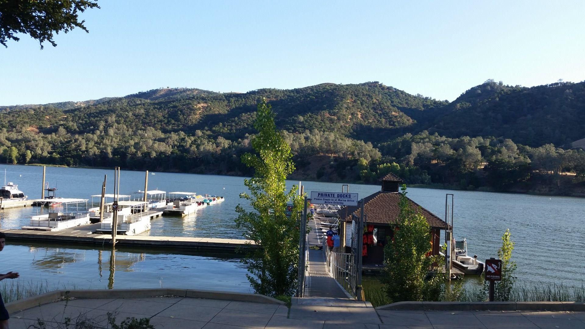 Boating deck in lake del valle del valle regional park