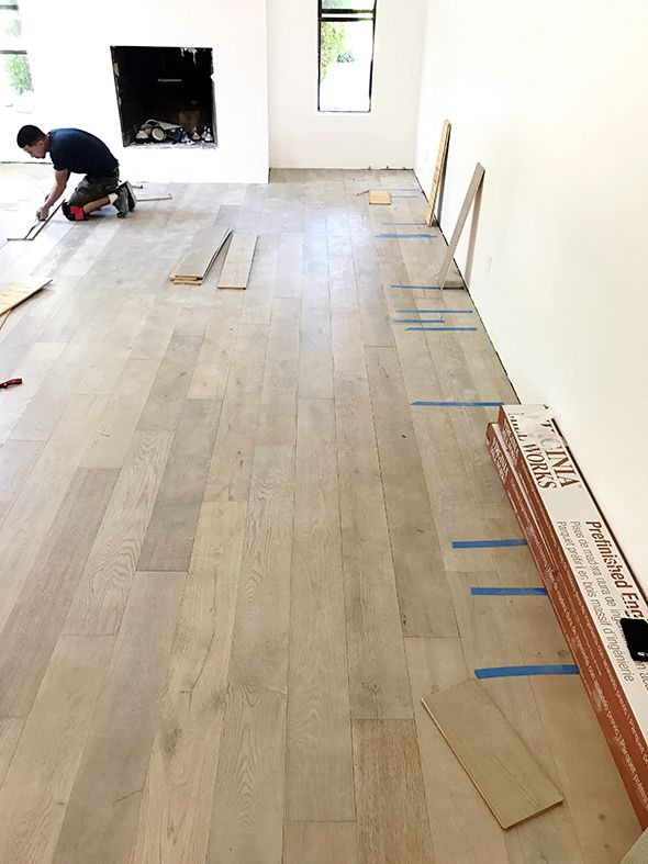 Virginia Mill Works Engineered 1 2 X 7 1 2 Delaware Driftwood Oak Lumber Liquidators Lumber Liquidators White Oak Hardwood Floors Engineered Wood Floors