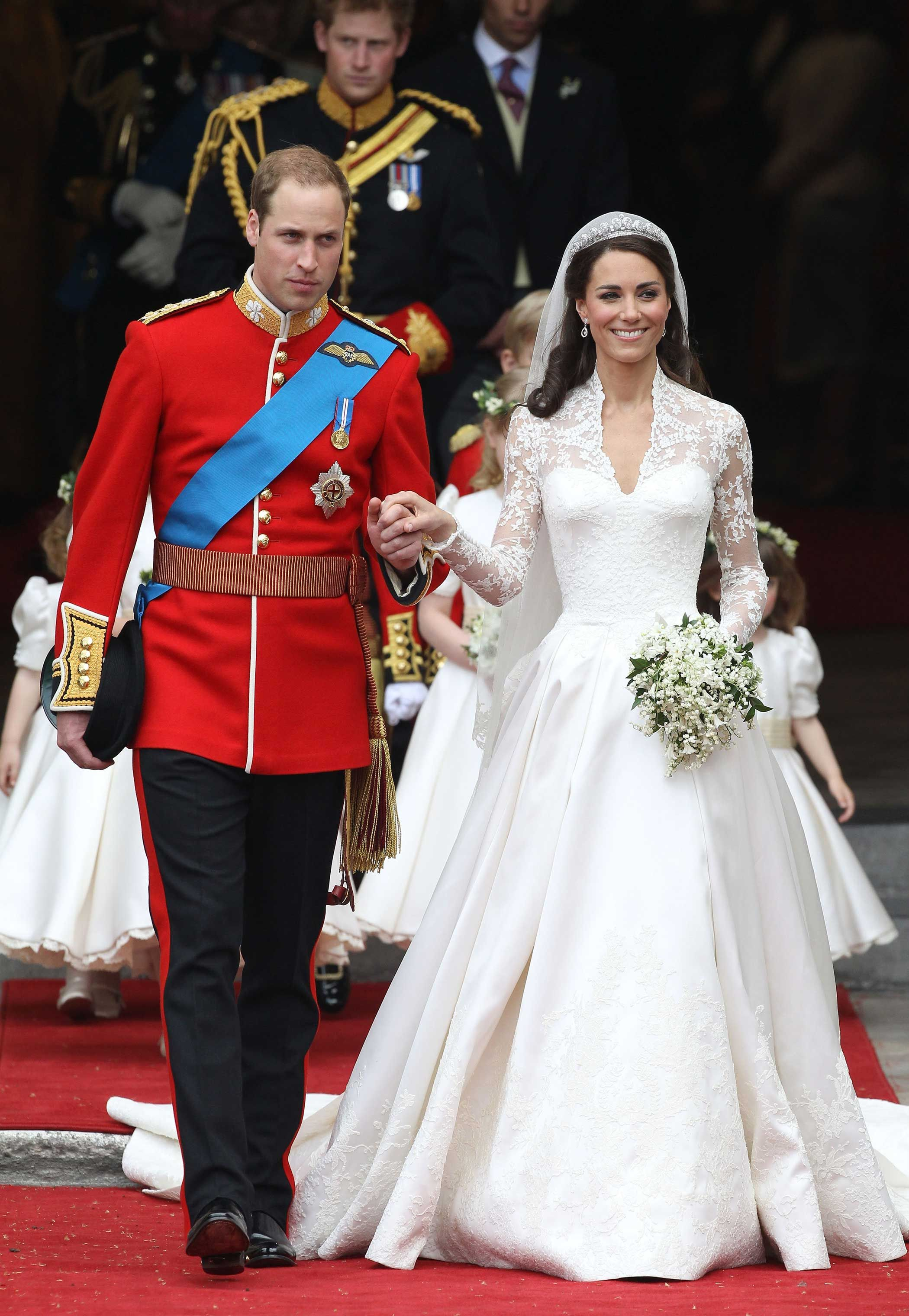 Most Iconic Dresses Of All Time Kate Middleton At Her Wedding To Prince William