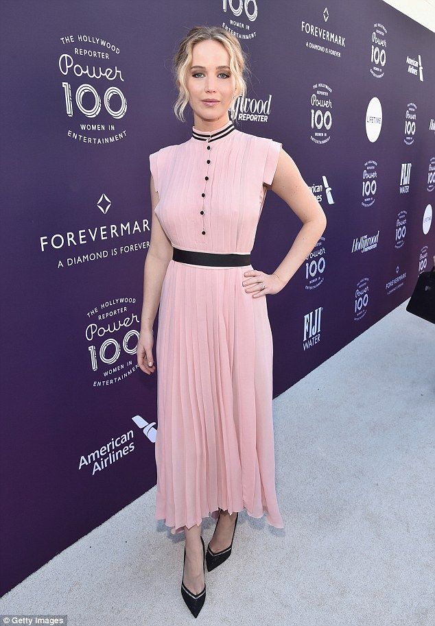Jennifer Lawrence in pink at Hollywood Reporter event | Vestidos ...