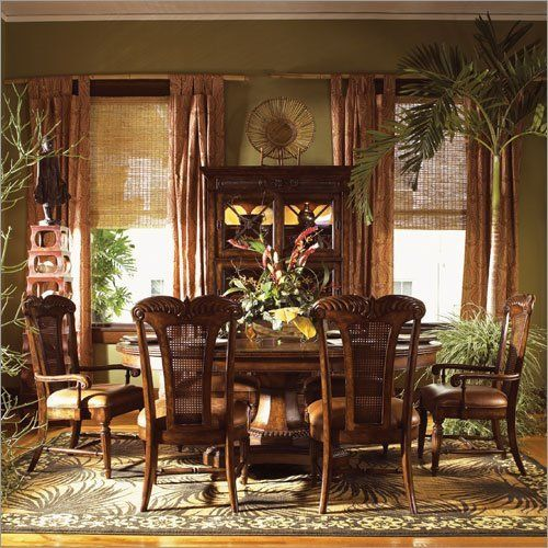 Tropical dining rooms dining room interior tropical for Tropical dining room ideas