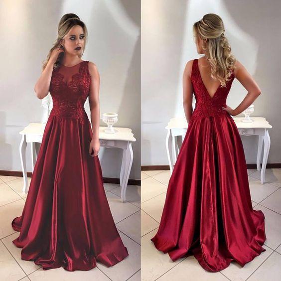 Com um estilo clássico e romântico o vestido godê nos remete aos anos 50 b0f41d145dcc