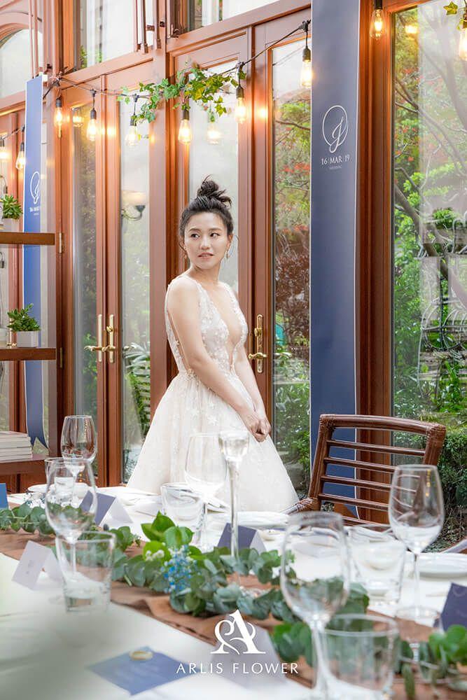 【臺北婚佈】TOSCANA 義大利餐廳 溫室花房婚宴 西華飯店   Lace weddings, Dresses, Wedding dresses