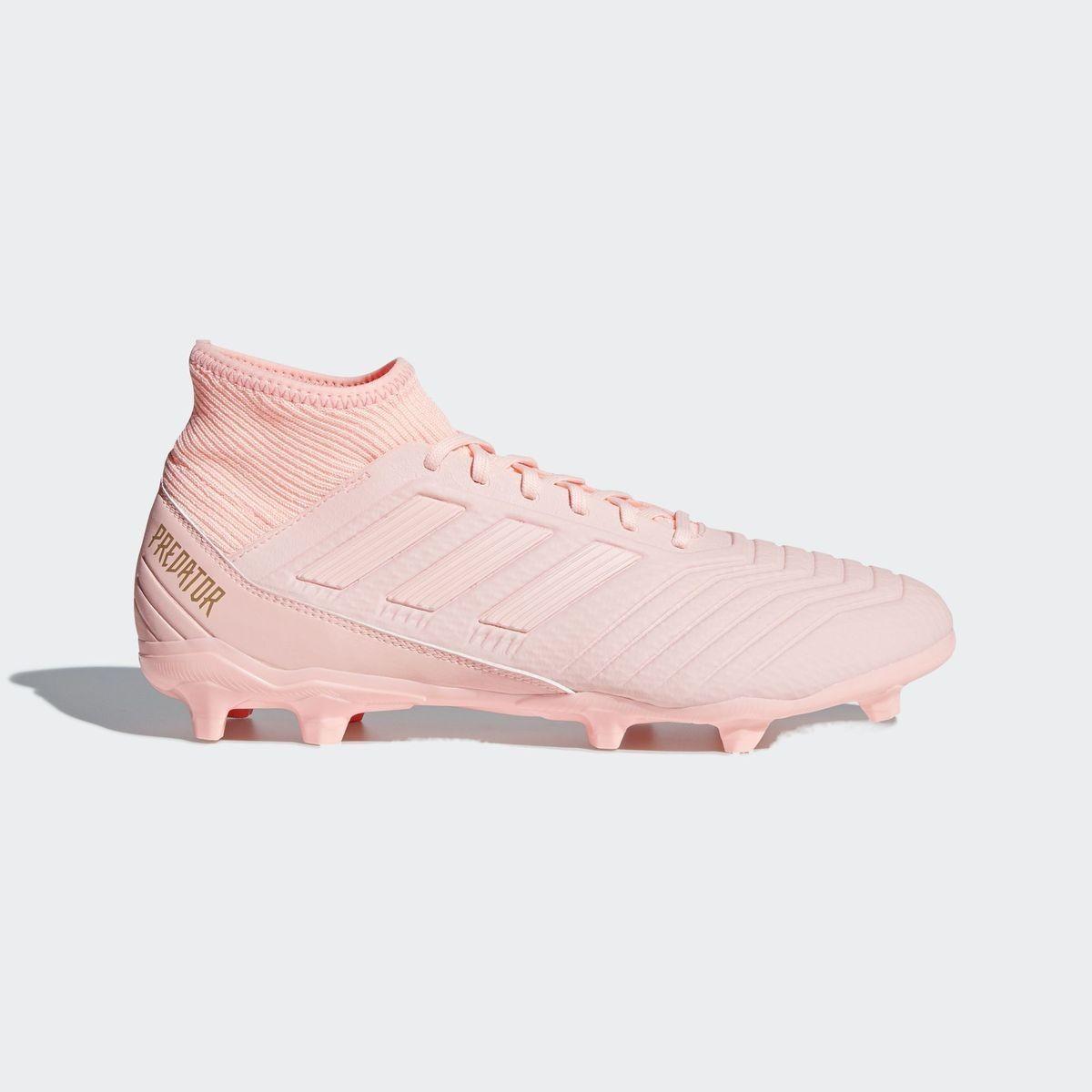 chaussure de foot femme crampon adidas
