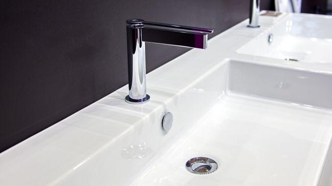 Sehr Entfernen von Verfärbungen im Kunststoffwaschbecken | Allerlei RL09
